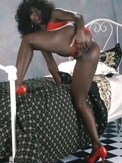 Ebony Vintage Cuties Horny Black Mothers And Daughters